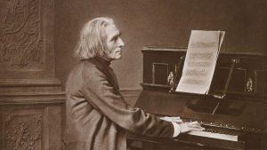 Liszt al piano